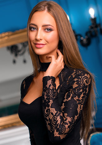 Gorgeous girls only: caring and exotic Russian lady Maria from Kiev